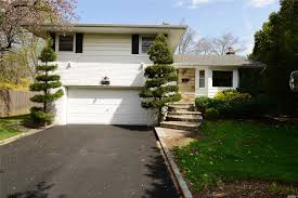 100 Houses For Sale Merrick NYC N 3 Bedroom House For