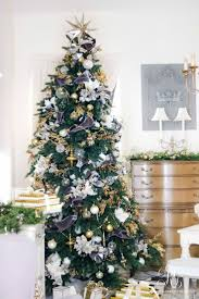 Balsam Hill Christmas Tree Sale by 289 Best Christmas Tree Images On Pinterest Christmas Time Xmas