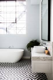 Tile Designs For Bathroom Walls by Best 25 Black And White Tiles Ideas On Pinterest Black And