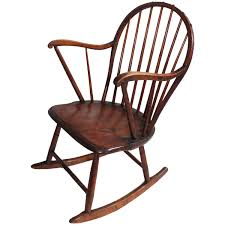 18th Century And Earlier Windsor Chairs - 36 For Sale At 1stdibs Seattle Rocking Chair The Shaker Recognizable American Fniture Childs Vintage Rocking Chair Sheabaltimoreco Identifying Antique Chairs Thriftyfun Antiques Board Gci Rocker Folding Outdoor Wooden Lawn Wikipedia Styles Top Blog For Review Golden Oak Age Of Fniture