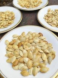 Dry Roasted Shelled Pumpkin Seeds by Best 25 Oven Roasted Pumpkin Seeds Ideas On Pinterest Roasting