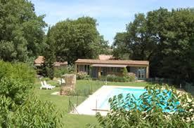 chambres d hote avignon la calade gîtes et chambres d hôtes près d avignon en provence