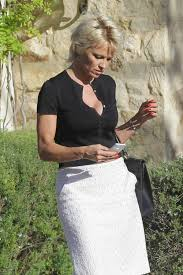 100 Pam Anderson House Ela Visiting A Friends Celebzz