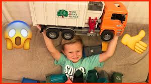 Toy Garbage Truck Trash Dumping! | Garbage Truck Videos For ... Toy Trash Trucks In Action Garbage Truck With Side Arm Best Kids Playing Pictures Dickie Toys Walmartcom Videos For Children Unboxing Tonka Mighty Dumpster Worlds Recycling Waste Youtube Amazoncom 12air Pump Vehicle For Green Kawo Jack Bruder Video Gym Pickup Front Loader