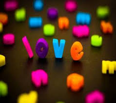 Download Free Cute Love Wallpapers For Your Mobile Phone