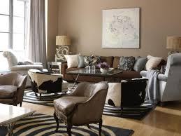 wandfarbe brauntöne wärme und natürlichkeit wohnzimmer