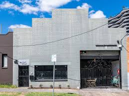 100 Warehouse Homes Luxury Brisbane Warehouse Conversion Hits The Market