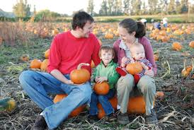 Kent Island Pumpkin Patch by List Pumpkin Patches Hayrides And Corn Mazes In West Michigan