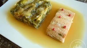 cuisiner le poireaux fondue de poireaux au miel et pavé de saumon la tendresse en cuisine