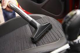 comment nettoyer des sièges en tissu de voiture
