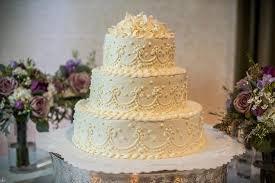 Amazing Bakery Beautiful delicious & affordable wedding cakes