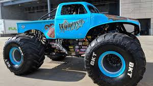 100 Monster Truck Show Los Angeles The Insane Things Jam Does To Make Its Dirt Good