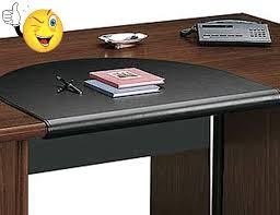 sous de bureau en cuir un bureau feng shui