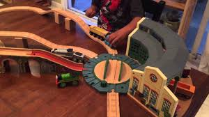 Trackmaster Tidmouth Sheds Playset by Jj U0027s Tracks Thomas The Train Tidmouth Shed Youtube