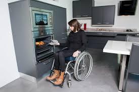 cuisine pour handicapé electroménager adapté aux personnes handicapées pmr et seniors