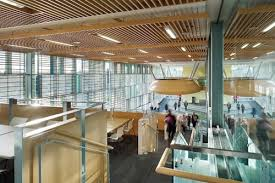 Algonquin College Embarks on a Campus wide E merce Solution