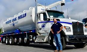 Kenworth Makes 7-Axle Straight Truck For Ag Hauler | Transport Topics