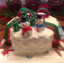 Frosty Snowman Christmas Tree by Coolest Homemade Christmas Cakes