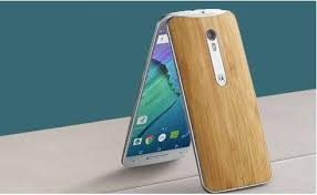 Dealmaster Get a 32GB Moto X Pure Edition unlocked smartphone for