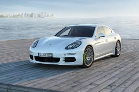 2014 Porsche Panamera Preview | NADAguides