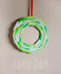 Simple Paper Strip Wreath Craft For Kids