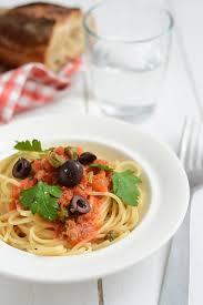 pates a la puttanesca spaghetti à la puttanesca pâtes pasta recipes