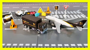 100 Ups Truck Toy UPS And Airplane Playset Unboxing And Pretend Play With S