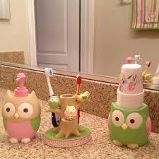best 25 owl bathroom ideas on pinterest owl bathroom set owl