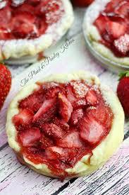 Mason Jar Lid Pie Recipe — Mini Strawberry Pies – The Plaid & Paisley Kitchen recipe