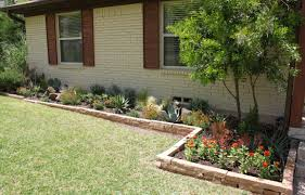 Flower Gardens In Front Of House Home Design And Decorating