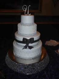 Many Ways Description From Can Elegant Black And White Wedding Cakes Be Made In