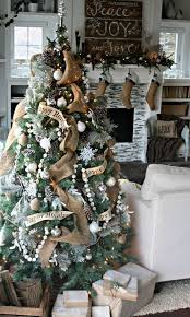 Beautiful Decorated Christmas Tree Picturingimages Vintage DecorationsRustic
