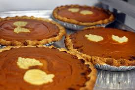 Mcdonalds Pumpkin Pie Calories by Here U0027s How Many Calories The Average American Eats At Halloween