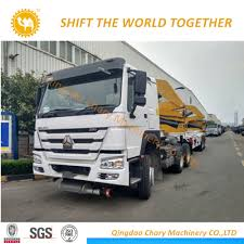 100 20 Ft Truck China HOWO Rhd FT Container Sidelifter Container Side Load Crane