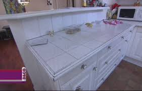 plan de travail cuisine en carrelage recouvrir un carrelage de cuisine carrelage adhsif sol cuisine
