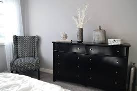 schlafzimmer idee dekoriertes schlafzimmer in grau