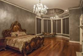 In Movies And Photos From The Past It Is Not Uncommon To See Formal Entertaining Spaces Such As Dining Rooms Even Ballrooms With An Elegant Chandelier