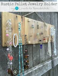 Rustic Pallet Jewelry Holder So Easy But Exactly What I Need To Organize