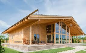 maison bois lamelle colle maison préfabriquée contemporaine en bois lamellé collé
