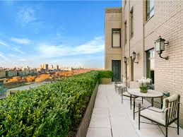100 Ritz Apartment A Billionaire Movie Producer Is Selling A Onebedroom Apartment That