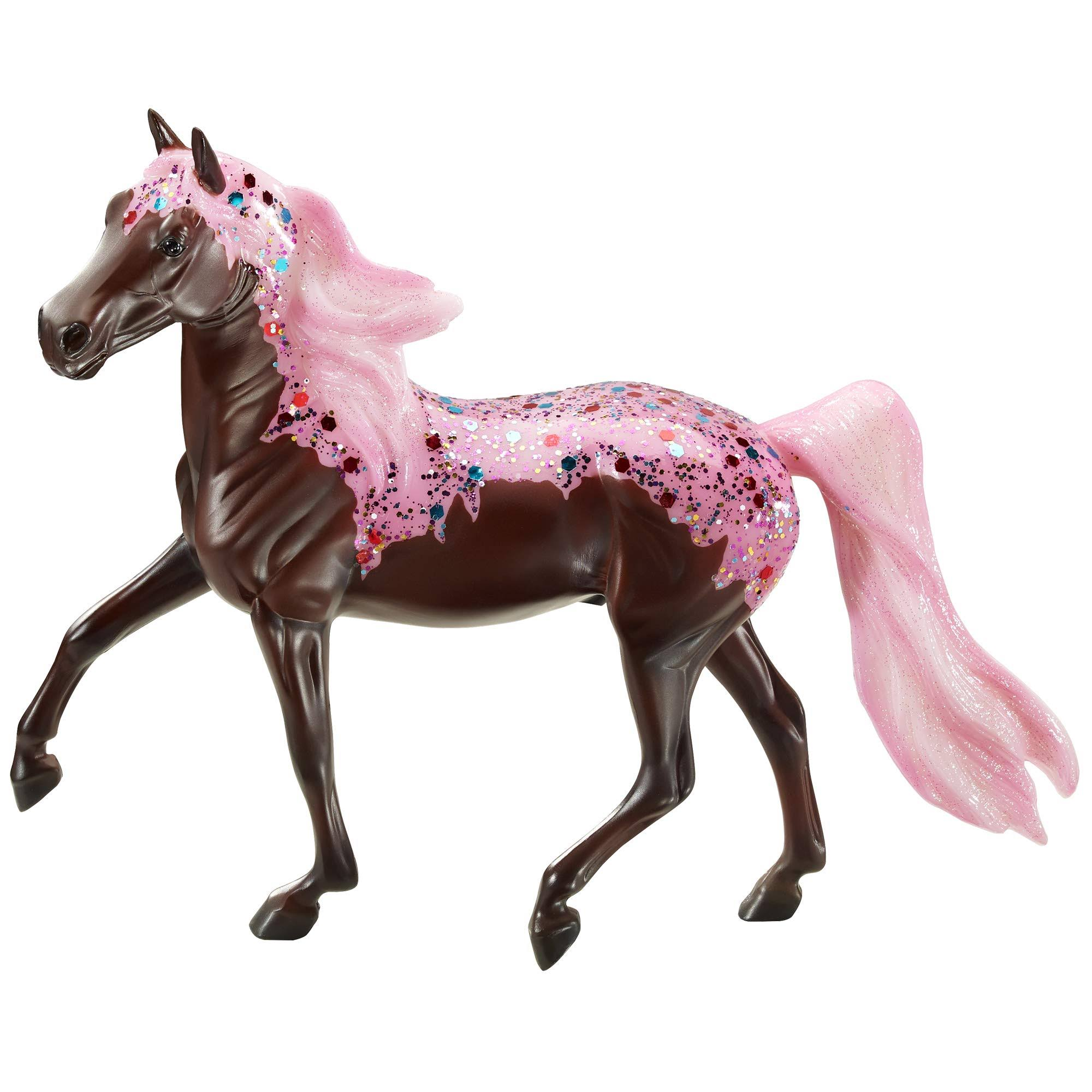 Breyer Horses Cupcake Decorator - 1/12 Scale
