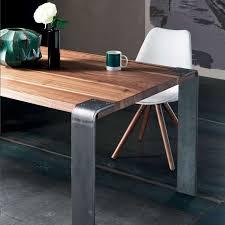 table design industriel en bois massif et métal siviglia 4
