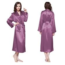 robe de chambre en robe de chambre en soie longue classique