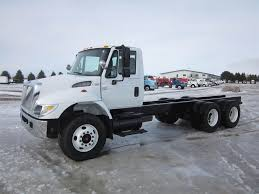 100 Truck Chassis 2006 International 7400 Tandem Axle Cab DT466