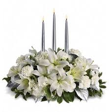 Christmas Table Decoration In Silver And Green Centerpiece Ideas Candles Fresh Flowers