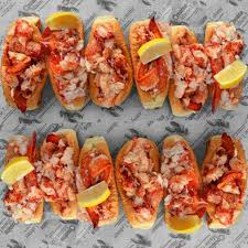 100 Cousins Maine Lobster Truck Menu NY New York Food S Roaming Hunger