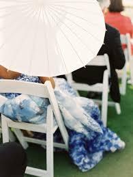 seaside island destination wedding with blue white d礬cor