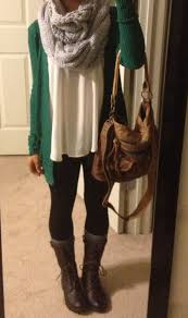 Combat Boots Chunky Scarf Baggy Id Change It To Maroon Sweater Fallwardrobe THE BOOTS