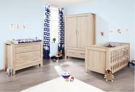 chambre bébé bois chambre chêne clair carus lestendances fr