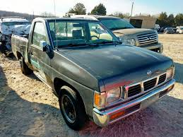100 1995 Nissan Truck Damaged Car For Sale And Auction 1N6Sd11S3Sc324108